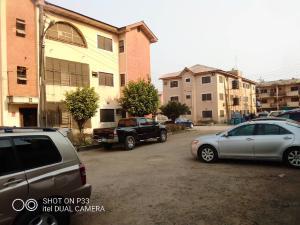 3 bedroom Flat / Apartment for sale Diary Farm Estat, Agege, Lagos. Agege Lagos