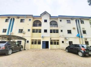 3 bedroom Blocks of Flats House for sale Wuse2-Abuja. Wuse 2 Abuja