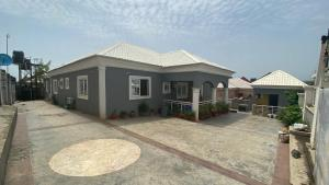 3 bedroom Detached Bungalow House for sale Inside an estate lokogoma Lokogoma Abuja