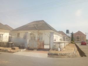 3 bedroom Detached Bungalow House for sale Queens'estate Karsana Abuja