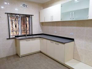 3 bedroom Blocks of Flats House for rent Millinium Estate Maryland Lagos