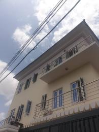 3 bedroom Flat / Apartment for rent Iseyin off adeshina  Ijesha Surulere Lagos