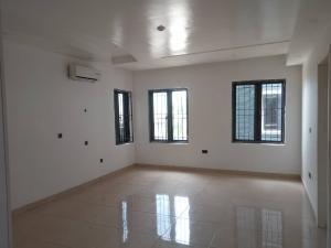 3 bedroom Flat / Apartment for rent .... ONIRU Victoria Island Lagos