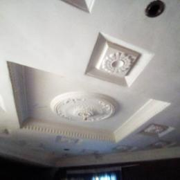 3 bedroom Blocks of Flats House for rent Alakia Old Ife Road New Airport Second First Gate Alakia Ibadan Oyo