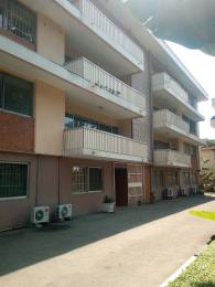 3 bedroom Shared Apartment Flat / Apartment for rent Oduduwa  Apapa G.R.A Apapa Lagos