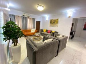 3 bedroom Blocks of Flats House for shortlet Ikate Lekki Lagos