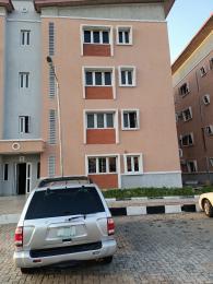 3 bedroom Flat / Apartment for sale Off Bodethomas Inside Iponri Estate Central Surulere Iponri Surulere Lagos
