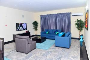 3 bedroom Flat / Apartment for shortlet oniru ONIRU Victoria Island Lagos