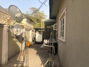 3 bedroom Semi Detached Bungalow for sale Zone 2, Wuse 1 Abuja