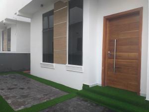 4 bedroom Detached Duplex House for sale x Thomas estate Ajah Lagos