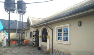 7 bedroom Blocks of Flats House for sale Isihor Ugbowo lagos road Oredo Edo