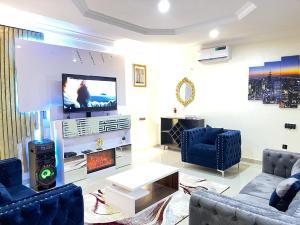4 bedroom Flat / Apartment for shortlet Osapa london Lekki Lagos