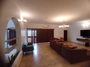 4 bedroom Mini flat for rent Area 11 Garki 1 Abuja