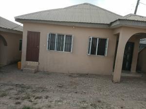 4 bedroom House for sale Akatapa close off unity estate ologuneru Ibadan Eleyele Ibadan Oyo