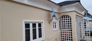 4 bedroom Detached Bungalow for sale Ile Tuntun, Behind Gmat Filling Station, Nihort Area Ibadan Oyo