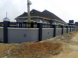 4 bedroom Detached Bungalow House for sale GREENS AND VIEWS, Arapaja, off Akala Express. Less than 15 minutes drive from Challenge Akala Express Ibadan Oyo