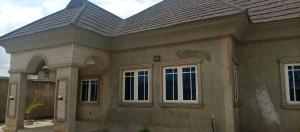 4 bedroom Terraced Bungalow House for sale Ile Titun, beside DSS estate Ibadan Oyo
