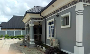 4 bedroom Detached Bungalow House for sale After bypass, Sapele rd, Benin City Uhunmwonde Edo