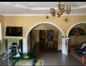 4 bedroom Flat / Apartment for sale Airport, Road Alakia Egbeda Oyo