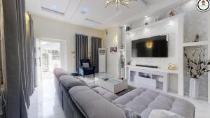 4 bedroom Semi Detached Duplex House for shortlet Chevron  chevron Lekki Lagos