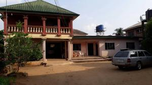 House for sale Off Aba Owerri road Aba Abia
