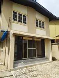 4 bedroom House for rent Ajao estate Airport Road(Ikeja) Ikeja Lagos
