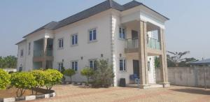 4 bedroom Detached Duplex House for sale Kingsley Kuku street, Alagbaka G.R.A Akure Ondo