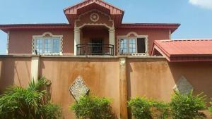 6 bedroom Semi Detached Duplex House for sale freedom estates igbogbo  Igbogbo Ikorodu Lagos