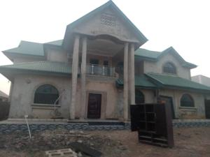 4 bedroom Detached Duplex House for sale Peluseriki prosperity estate off ire akari AKala express oluyole extension Ibadan.  Akala Express Ibadan Oyo