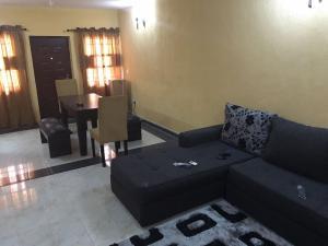 4 bedroom House for shortlet Baba Omojola Estate Millenuim/UPS Gbagada Lagos