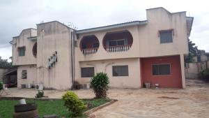 4 bedroom Flat / Apartment for sale unity estate Egbeda Alimosho Lagos