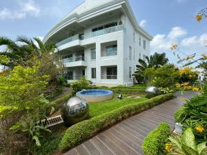 4 bedroom Flat / Apartment for rent Banana Island Banana Island Ikoyi Lagos