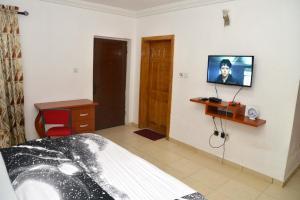 4 bedroom House for shortlet ... ONIRU Victoria Island Lagos