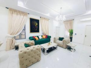 4 bedroom Semi Detached Duplex House for shortlet Ikate Lekki Lagos