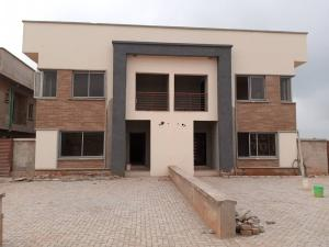 4 bedroom Semi Detached Duplex House for sale   Along Ibadan  Express Way, after the Long Bridge Obafemi Owode Ogun