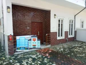 4 bedroom Semi Detached Duplex House for rent Ikota Ikota Lekki Lagos