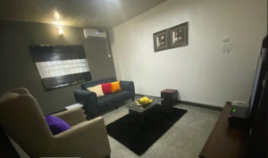 4 bedroom Flat / Apartment for shortlet Benin city, Central Edo