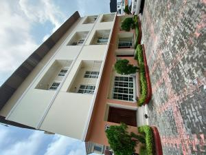 4 bedroom Flat / Apartment for shortlet Chevy view chevron Lekki Lagos