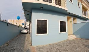 4 bedroom Terraced Duplex House for rent Orchid road, chevron Lekki Lagos