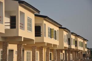 4 bedroom Terraced Duplex House for sale Paradise Court Estate, Orchid Road, Lafiaji Opposite Chevron, 2nd Toll Gate chevron Lekki Lagos