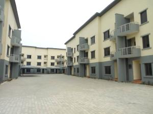 4 bedroom House for rent 2nd Roundabout, Lekki Phase 1 Lekki Lagos