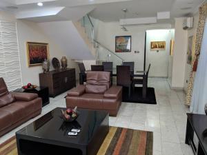 4 bedroom Terraced Duplex House for shortlet Off Admiralty way, Lekki Lagos