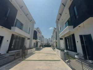 4 bedroom Detached Duplex House for sale Lekki Palm Ajah Thomas estate Ajah Lagos