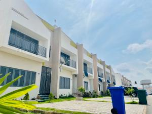 4 bedroom Terraced Duplex House for sale District 57, Karsana, Abuja. Karsana Abuja