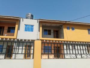 3 bedroom Shared Apartment Flat / Apartment for rent Behind DSS ile tuntun nihort Jericho ibadan Idishin Ibadan Oyo