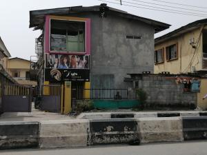 3 bedroom Blocks of Flats House for sale Along adelabu  Adelabu Surulere Lagos