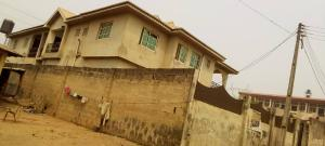 3 bedroom Flat / Apartment for sale Ologuneru Road Closed To Police Station Eleyele Ibadan Oyo