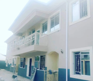 3 bedroom Blocks of Flats House for sale Mcc Road Owerri Imo