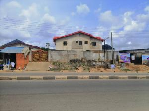 3 bedroom House for sale Along the jaknde-Bucknor-isheri Road Bucknor Isolo Lagos