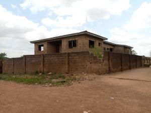 3 bedroom Blocks of Flats for sale Old Ife Road Alakia Ibadan Oyo